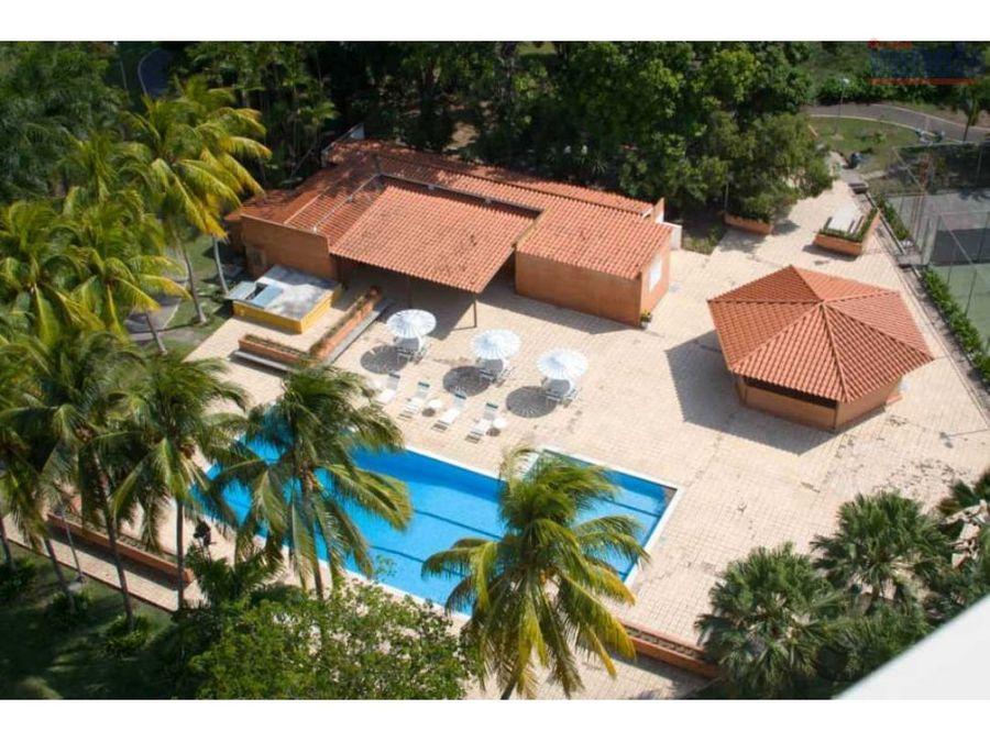 lujoso pent house duplex con vista al valle en venta barquisimeto