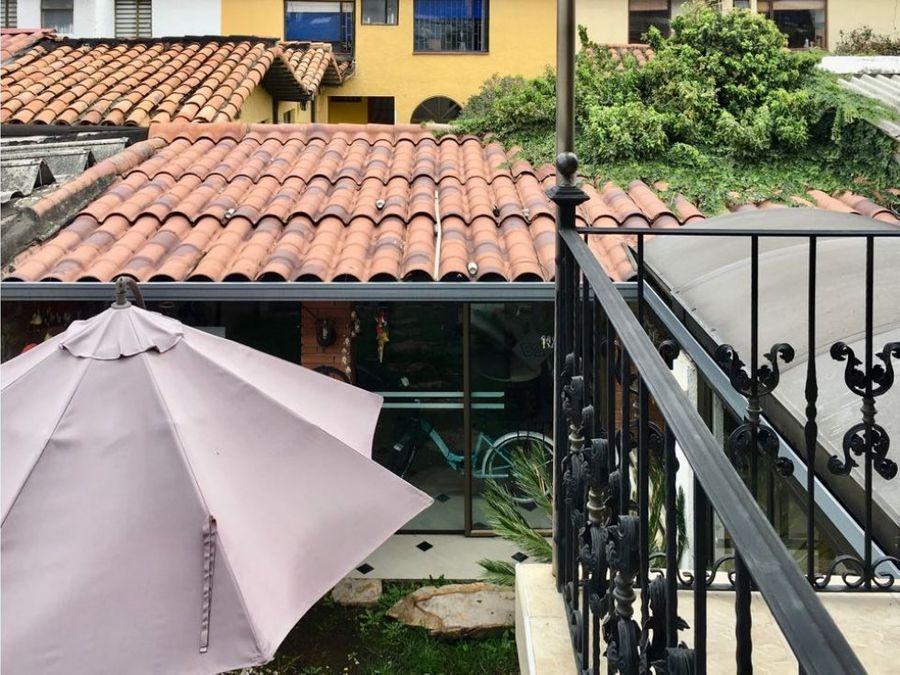 las villas casa reformada de dos niveles venta