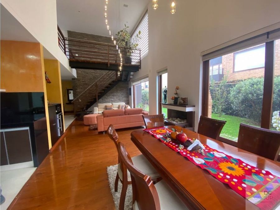linda casa campestre con zona verde y club house