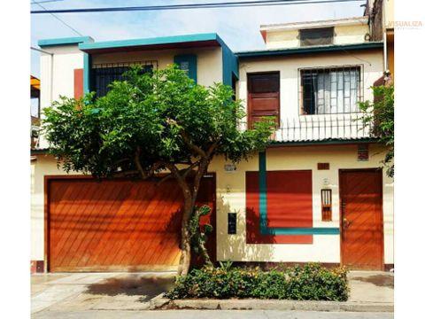 linda casa de 3 pisos urb los jardines trujillo