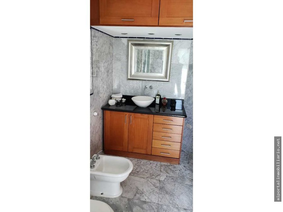lindo apartamento con finos acabados