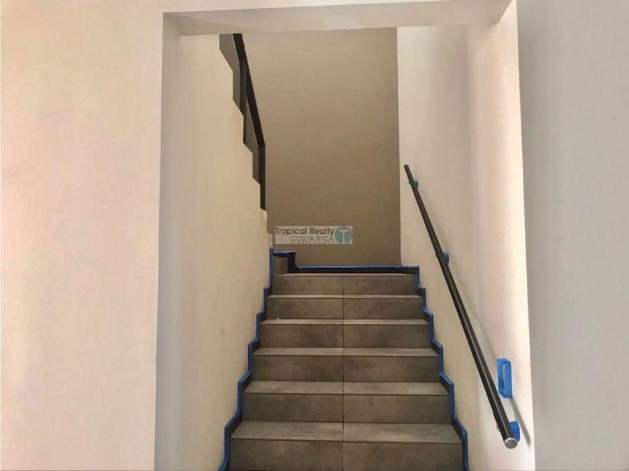 en residencial alquiler de apartamento contemporaneo en escazu