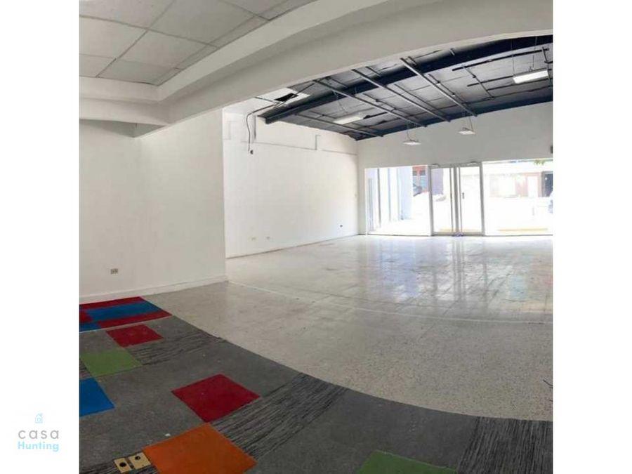 local comercial en renta lomas del guijarro 130 m2