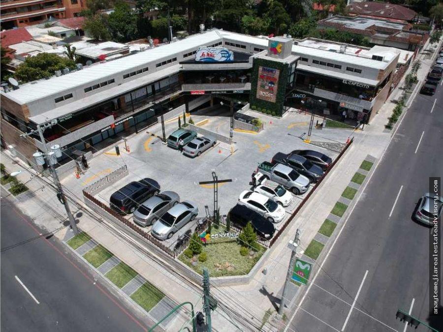 local en renta en convenia plaza zona 10