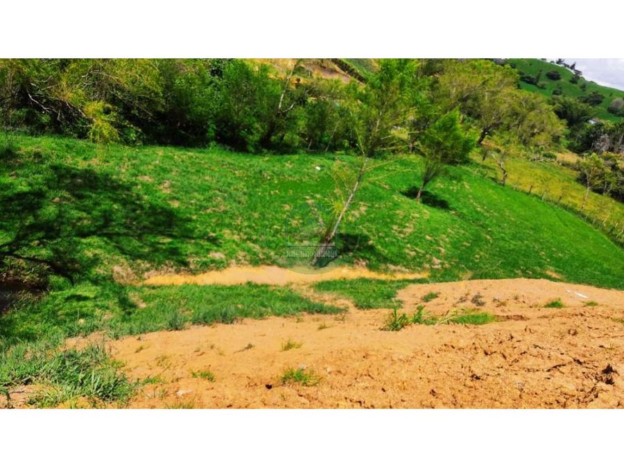 lote hermoso con aguas de nacimientos y cerca a la autopista med bog