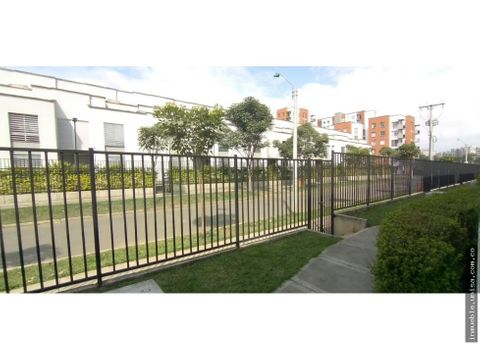 p2377 casa el celeste parque residencial cs 19 valle del lili