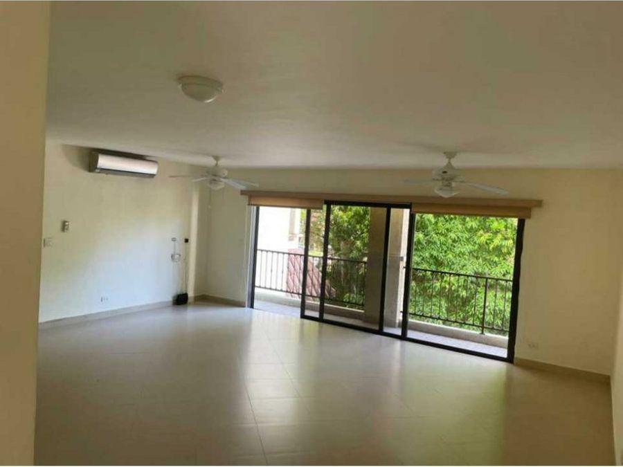 ph embassy club amplio apartamento en courtyard