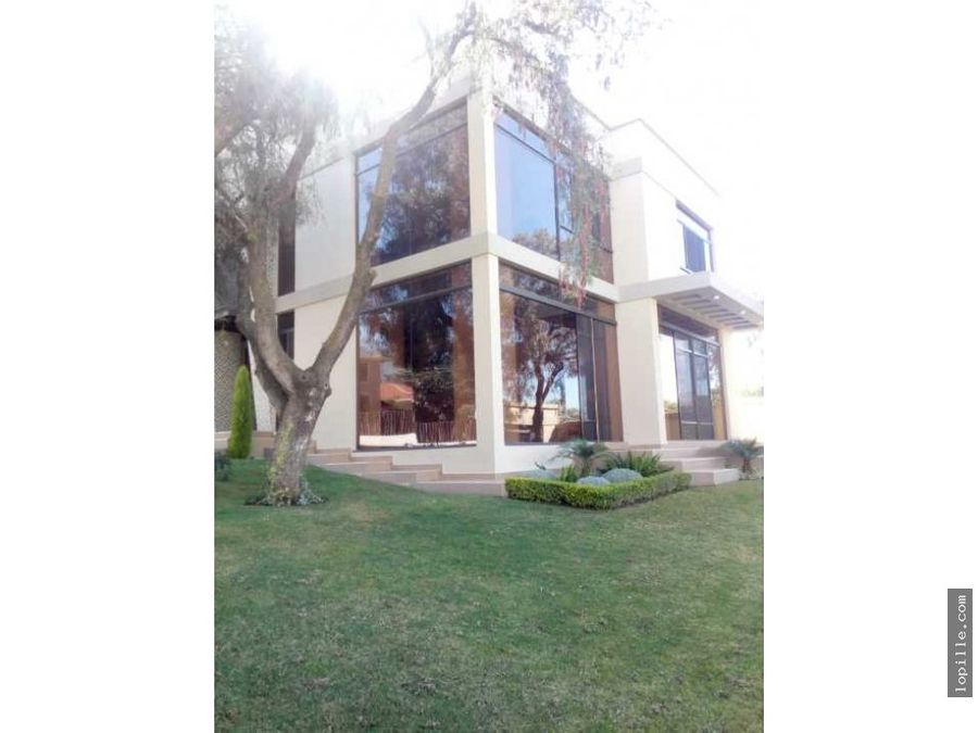 preciosa casa de lujo en venta zona trojes