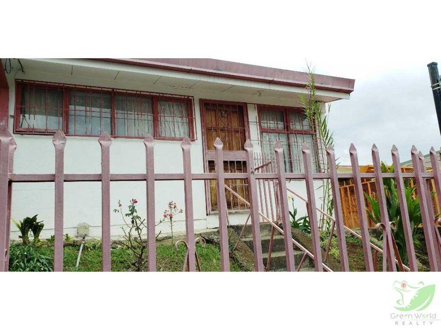 preciosa casa en gravilias desamparados