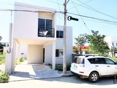 preciosa casa en venta col monte alto