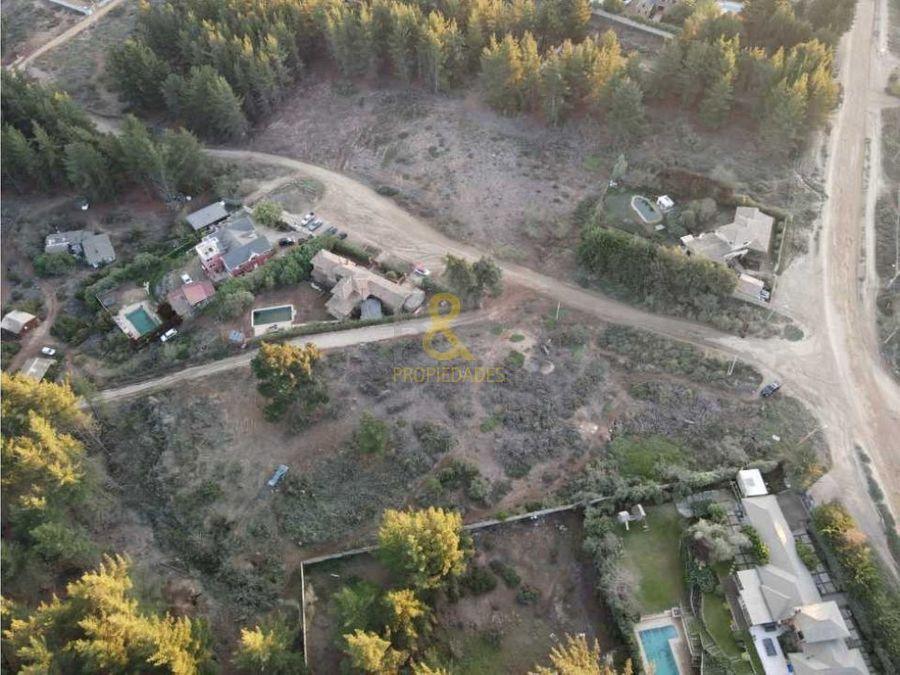 rya vende 2 terrenos renaca