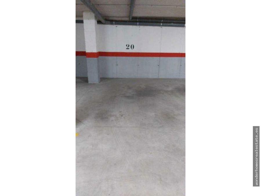 ref19226 amplia plaza de garaje en santangelo