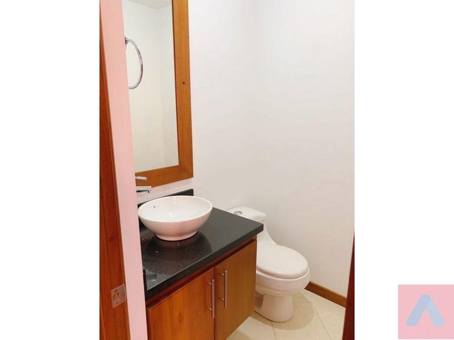 renta apartamento en santa barbara 1 habitacion 2 banos