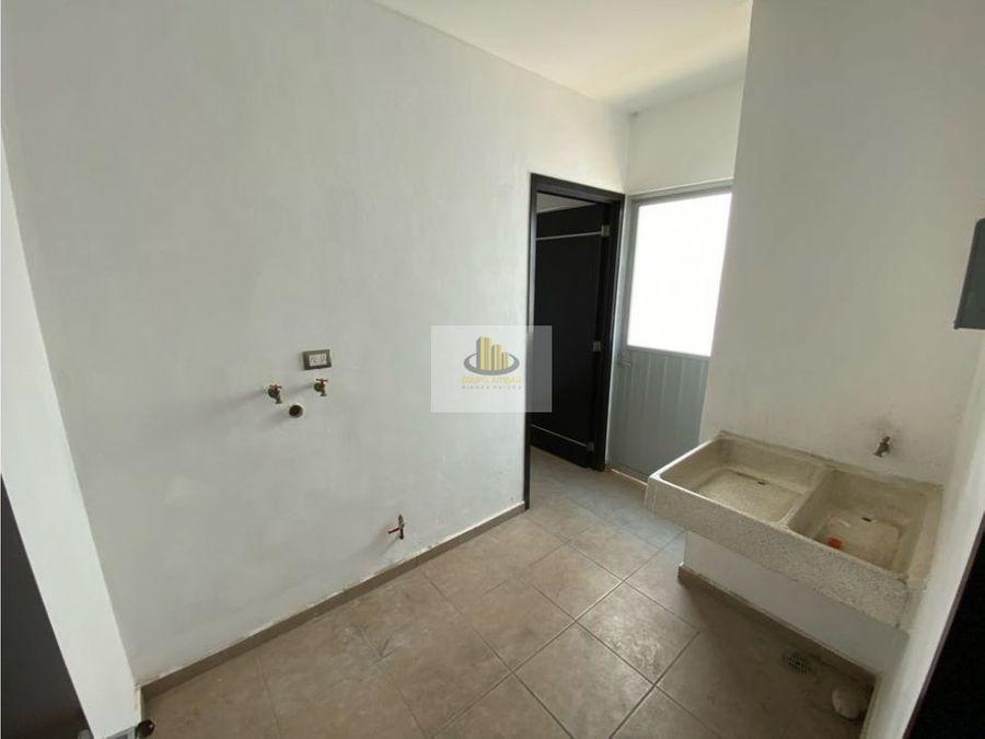 renta casa en puebla blanca cluster con alberca