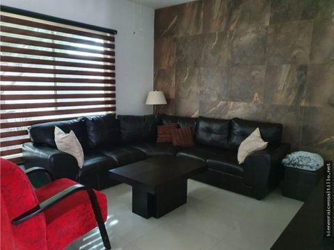 renta casa en tierra santa residencial