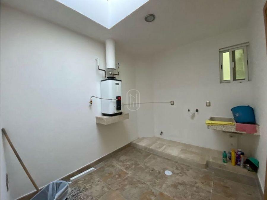 renta casa un piso 3 recamaras y cuarto servicio juriquilla queretaro