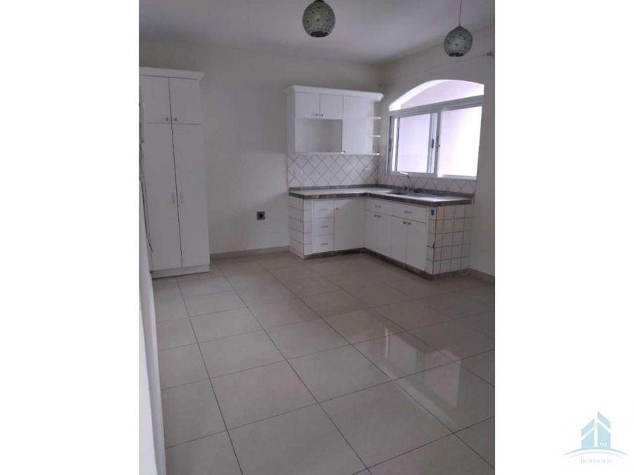 renta de bonito apartamento res la hacienda