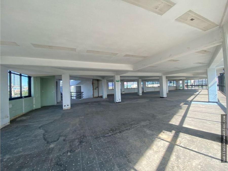 renta de edificio completo o en secciones plaza perisur pachuca