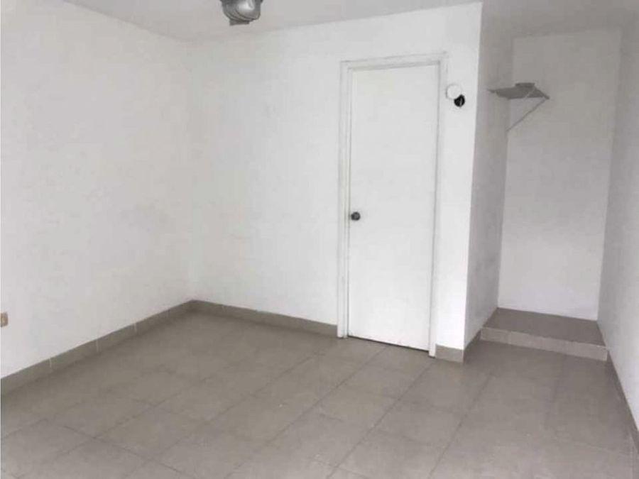 renta de local con habitacion en avenida campestre merida