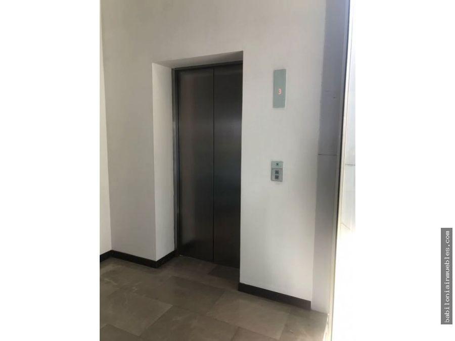 renta piso oficinas blvd bonfil zona plateada