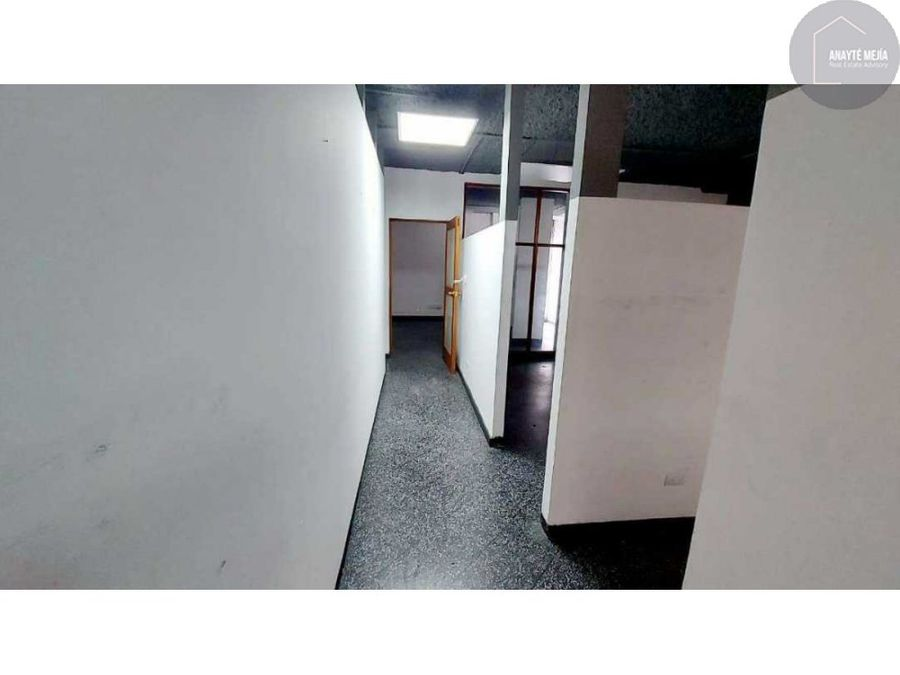 rento oficina zona 9