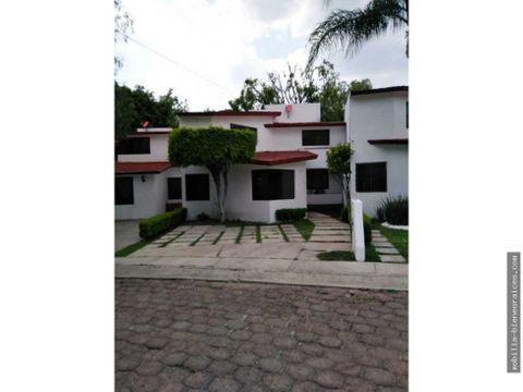 rento amplia casa en calesa 11000 privada