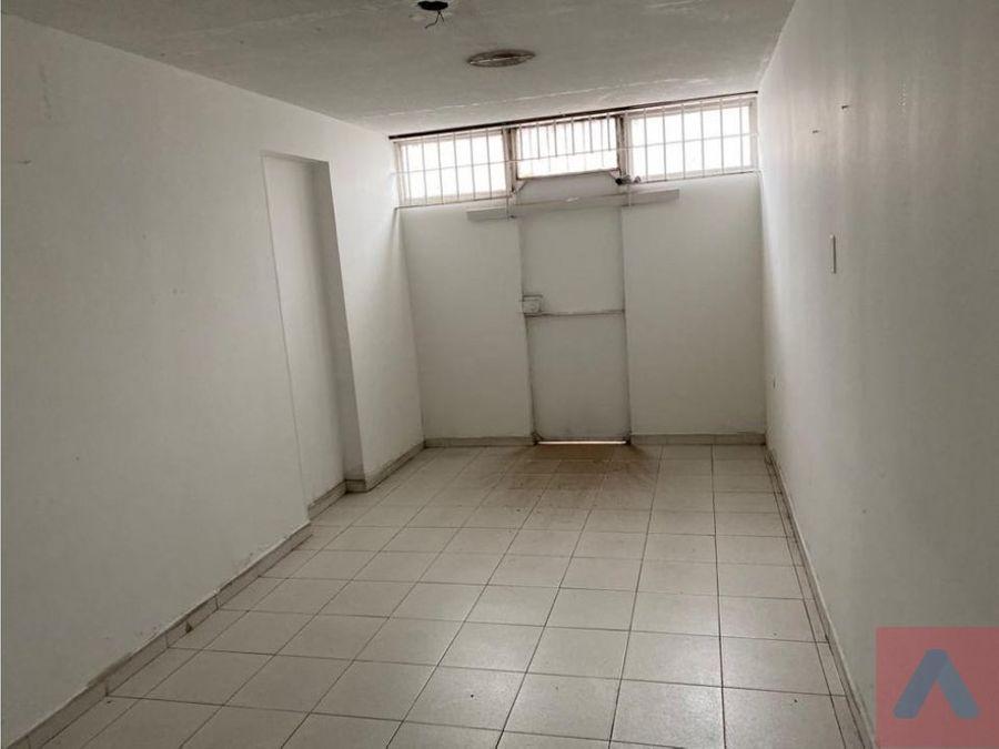 rento bodega barrio los comuneros 1200 m2 se 2 pisos