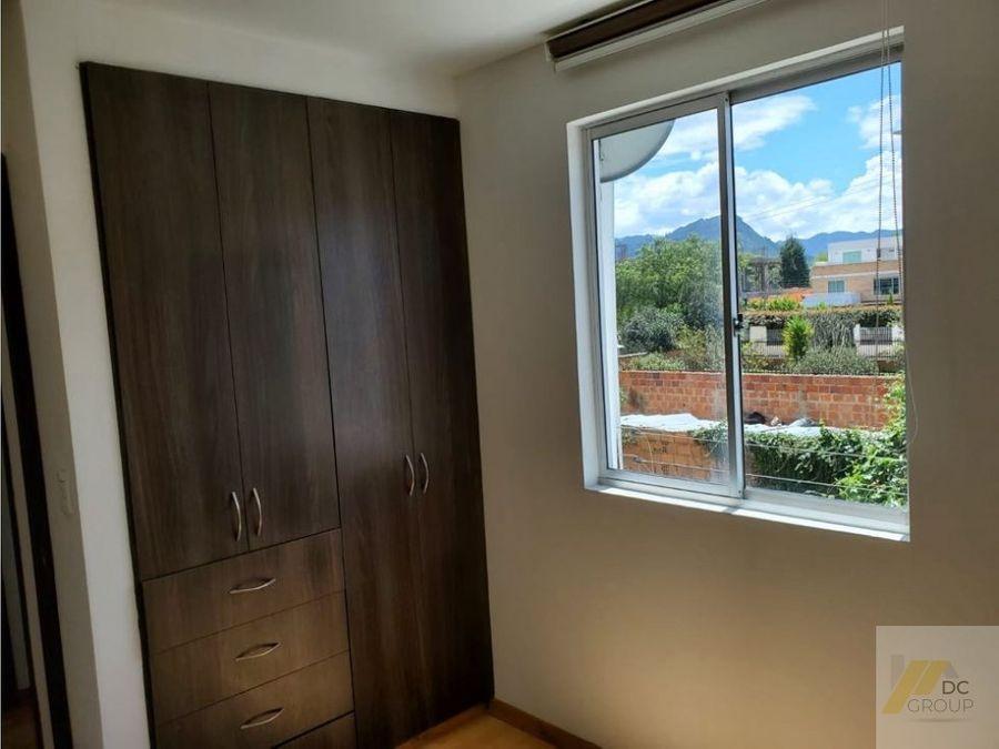 rento casa de dos niveles excelente ubicacion