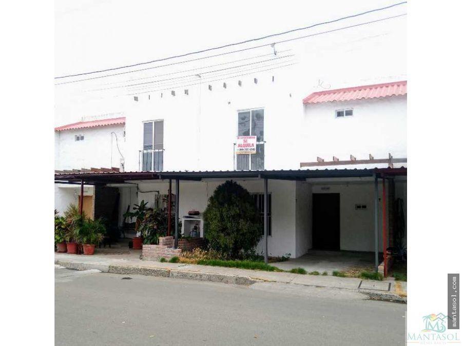 rento casa urbanizacion sta maria colonial