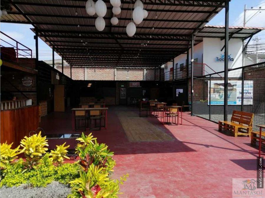rento plaza comercial zona hotel balandra