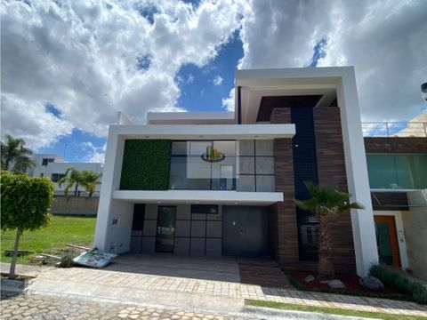 residencia 4 recamaras frente a area verde lomas angelopolis 2