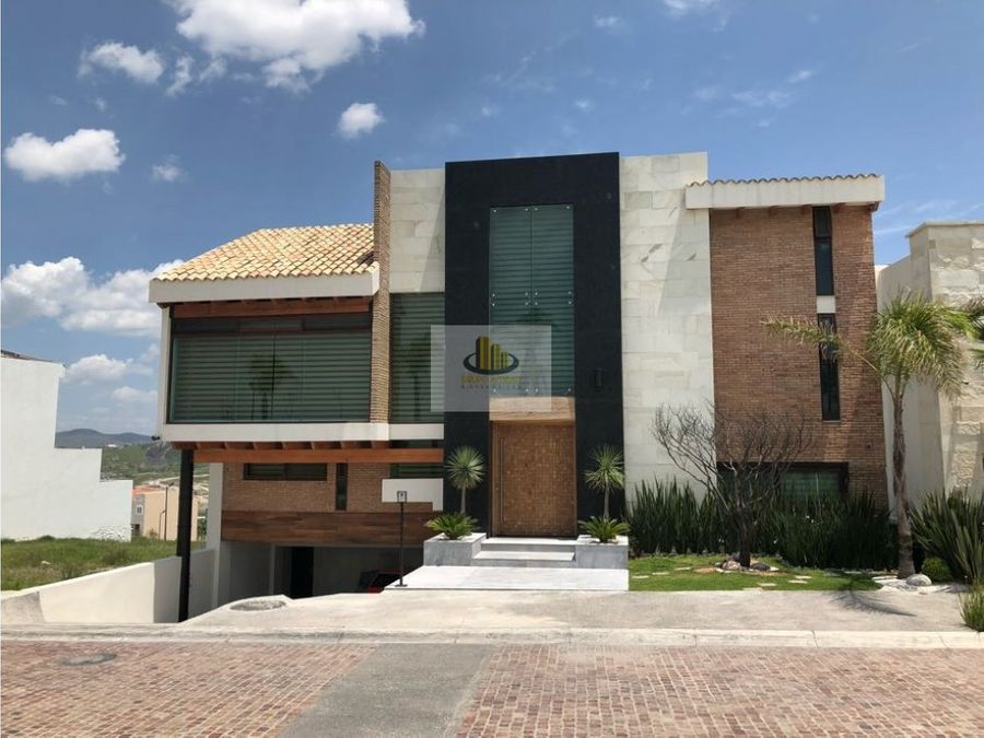 residencia de lujo con alberca gran reserva lomas angelopolis