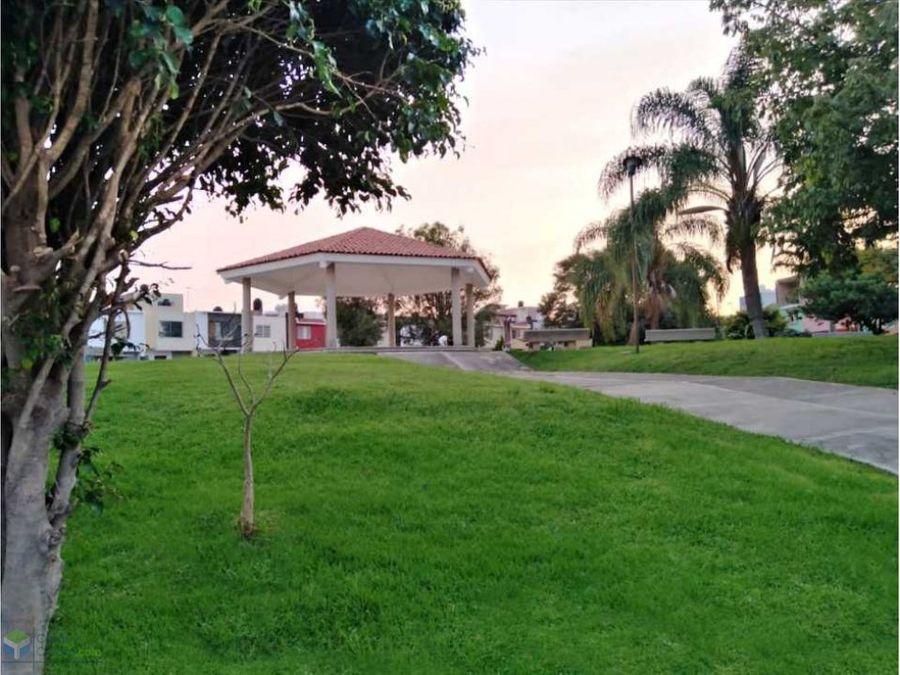 residencia en zona de valdepenas dentro de coto