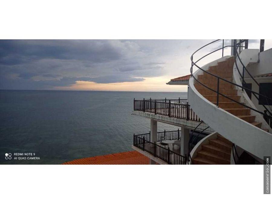 suites frente al mar en hotel bahia blanca
