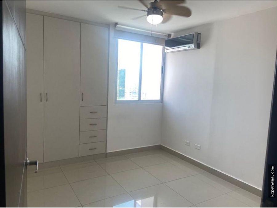 se alquila centrico apartamento en obarrio ph river park