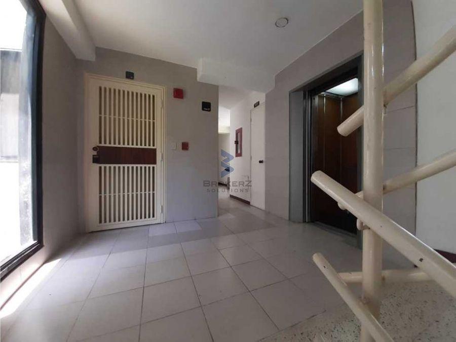 alquiler apartamento 215m2 4h5b3p valle arriba