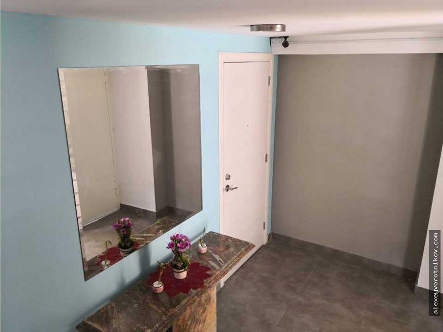 se alquila apartamento en 850 en balboa