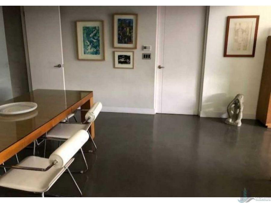 se alquila apartamento en el cangrejo 200 m2