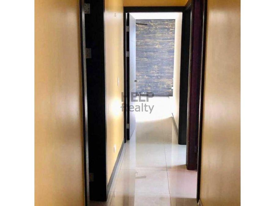 se alquila apartamento en san sebastian