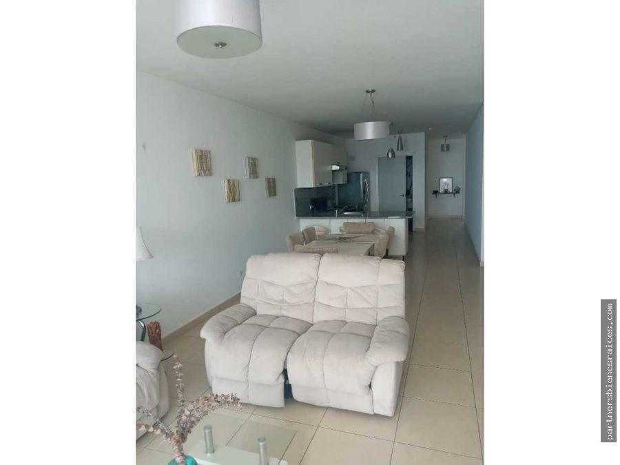 se alquila hermoso y amplio apartamento en ph white de avenida balboa