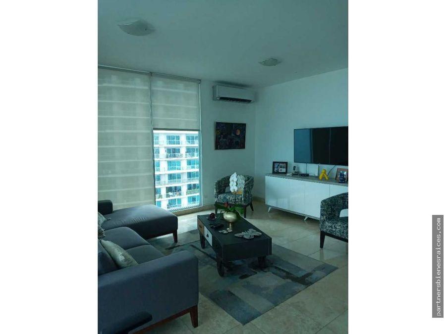 se alquila hermoso apartamento en ph sky av balboa