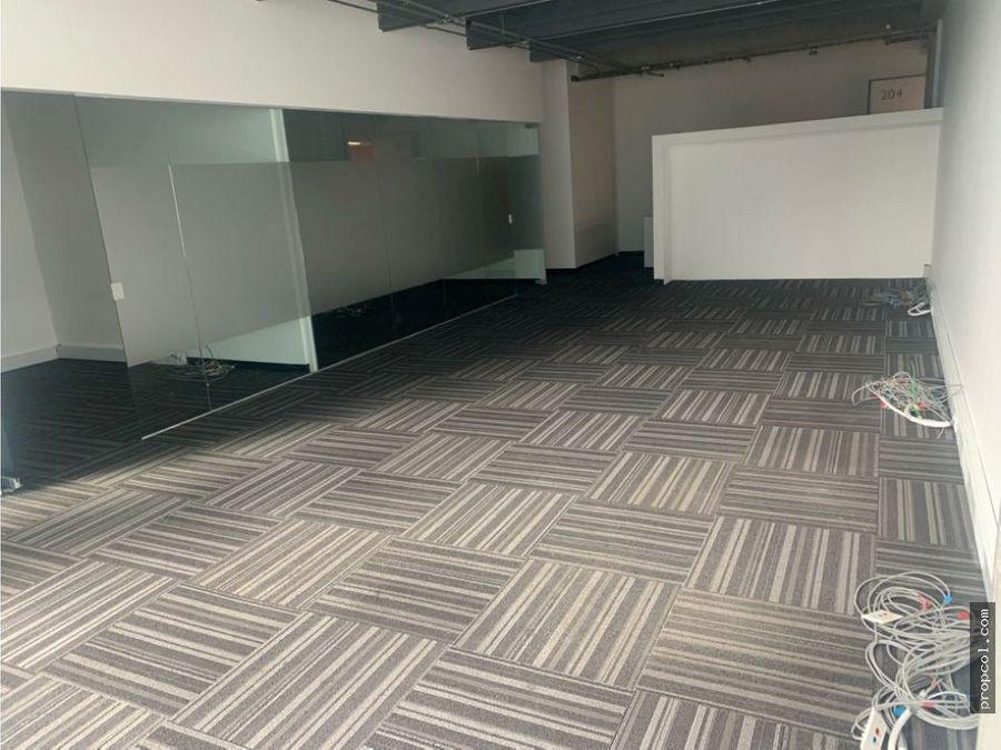 se arrienda oficina en chico 110 m2 bogota