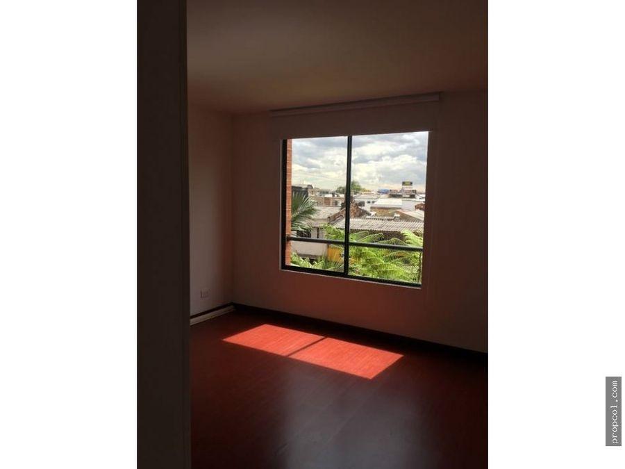 se arrienda apartamento en caminos de santana bogota