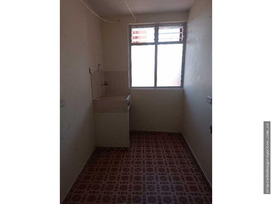se arrienda apartamento en rionegro sector los colegios