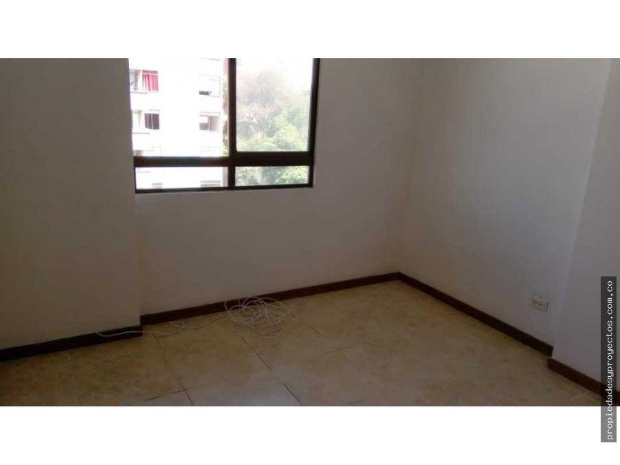 se arrienda casa comercial en simon bolivar
