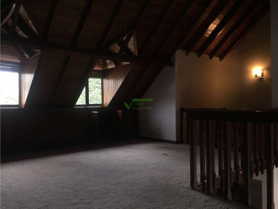 se vende casa circunvalar pereira