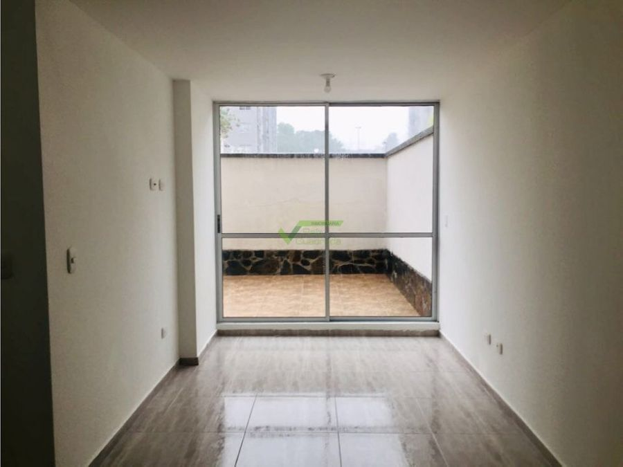 se renta apartamento en santa monica dqdas