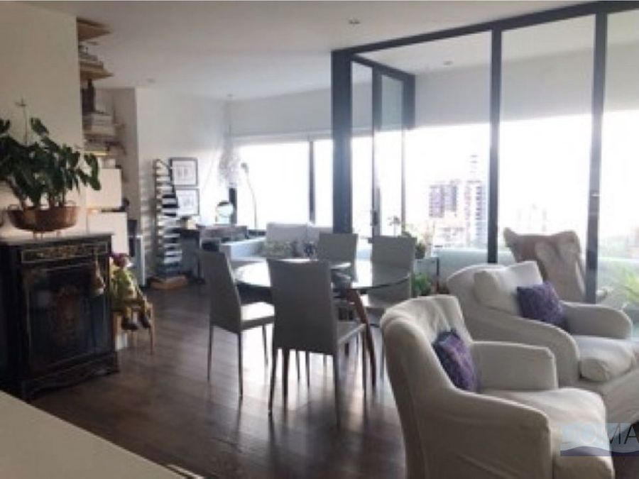 se vende moderno apartamento en san lucas el poblado