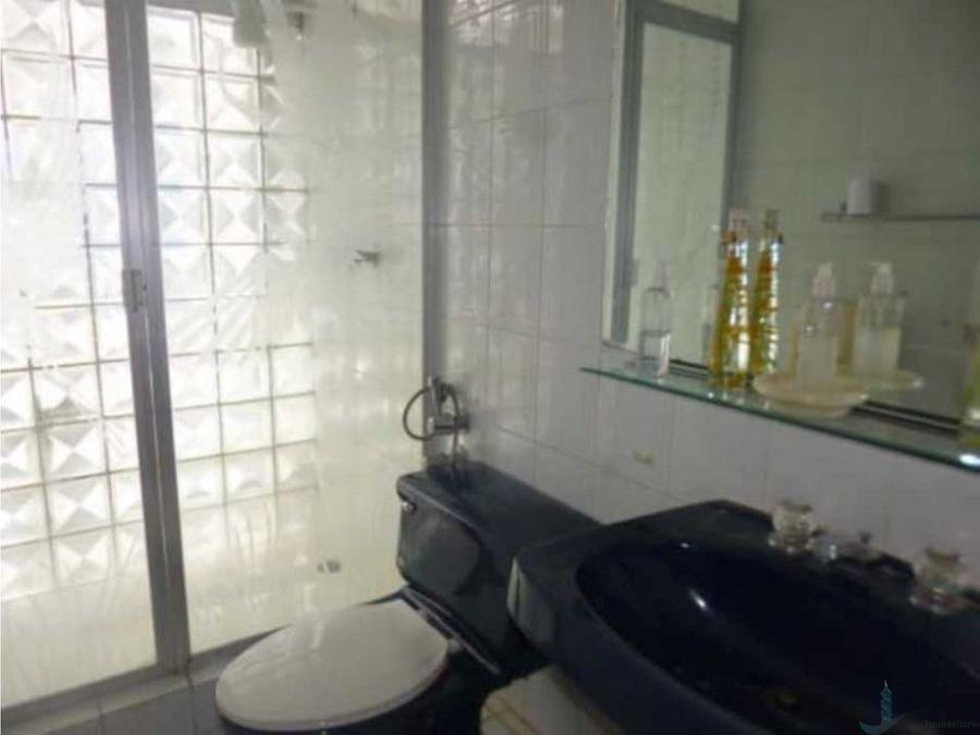 se vende o alquila amplia casa para uso comercial con permiso 900m2