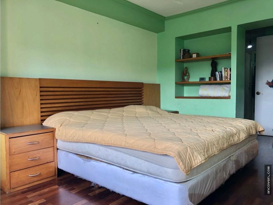 se vende amplio apartamento en urb el parral ancoven premium